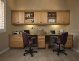 Office in Candlelight finish with crown molding in Recessed Panel Premier profile